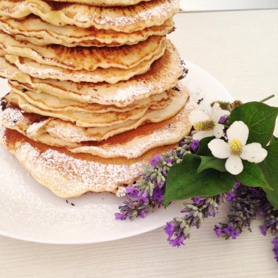 Pancake senza latte al profumo d'arancia